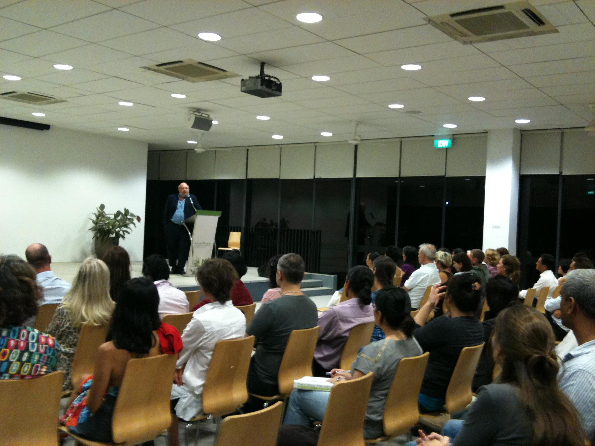 Dr John Veiltheim Seminar Singapore 2010